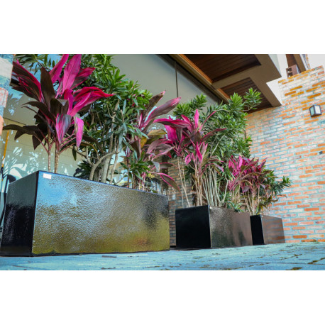 Jardineira Quadrada P -  40 Alt x 100 Larg x 40 P em Fibra de Vidro