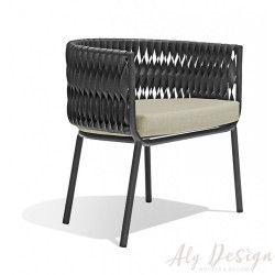 Cadeira Bilbao em Fibra Sintética